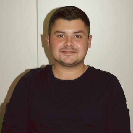Дмитрий из Украины, нострифицирует диплом медицинского университета в Венском медицинском университете