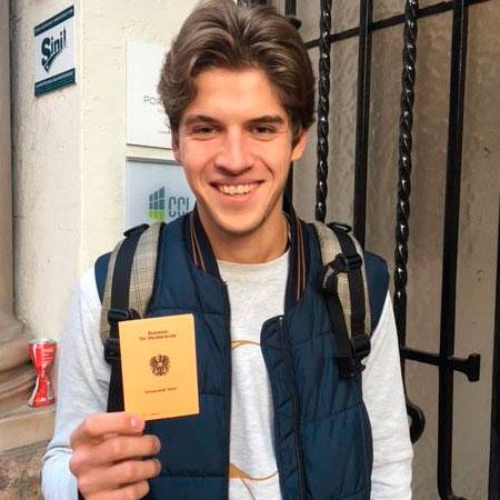 Дмитрий, студент Венского главного университета по специальности «English and American Studies»